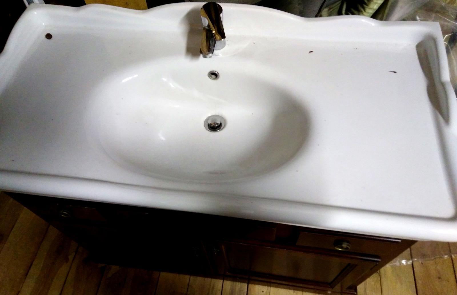 Skrinka s umývadlom - Obrázok č. 2