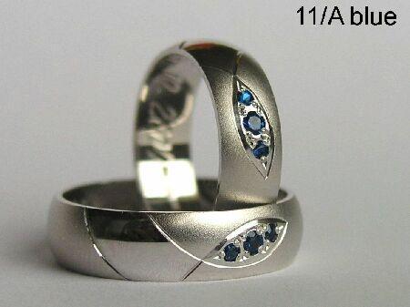 LM 14.7.2007 - prstienky chceme z bieleho zlata a tieto su č.1 aj s týmito kamienkami sú nádherné