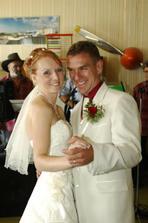 ... první novomanželský taneček ...