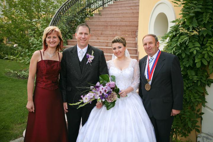 Olga {{_AND_}}John - Sme velmi vdacny pani matrikarke a panu starostovy,odviedly krasny obrad.