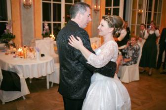 a posledny tancek v svadobnych satach