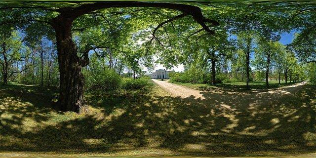 Majatob - pohled z parku