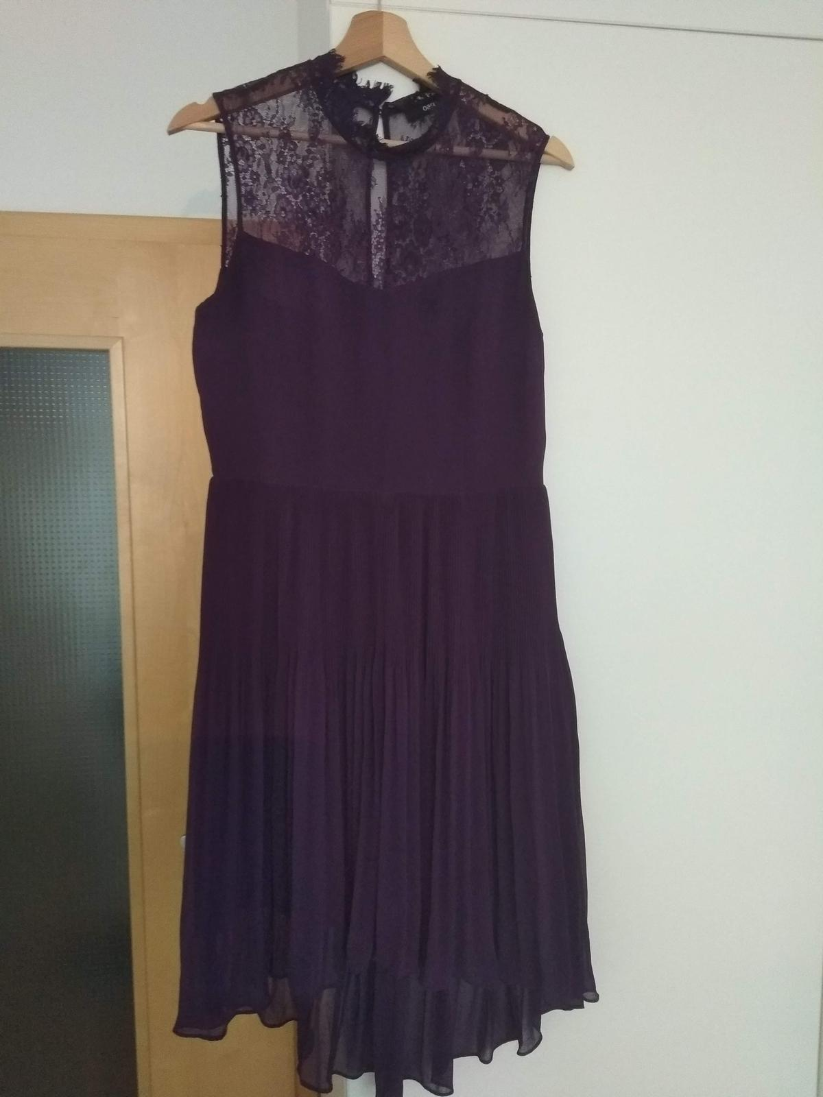 Fialové společenské šaty  - Obrázek č. 1