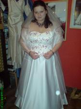 Moje první zkoušení šatů - Svatební salon Na Harfě