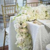 Glitterový biely matný obrus na dlhý stôl ,