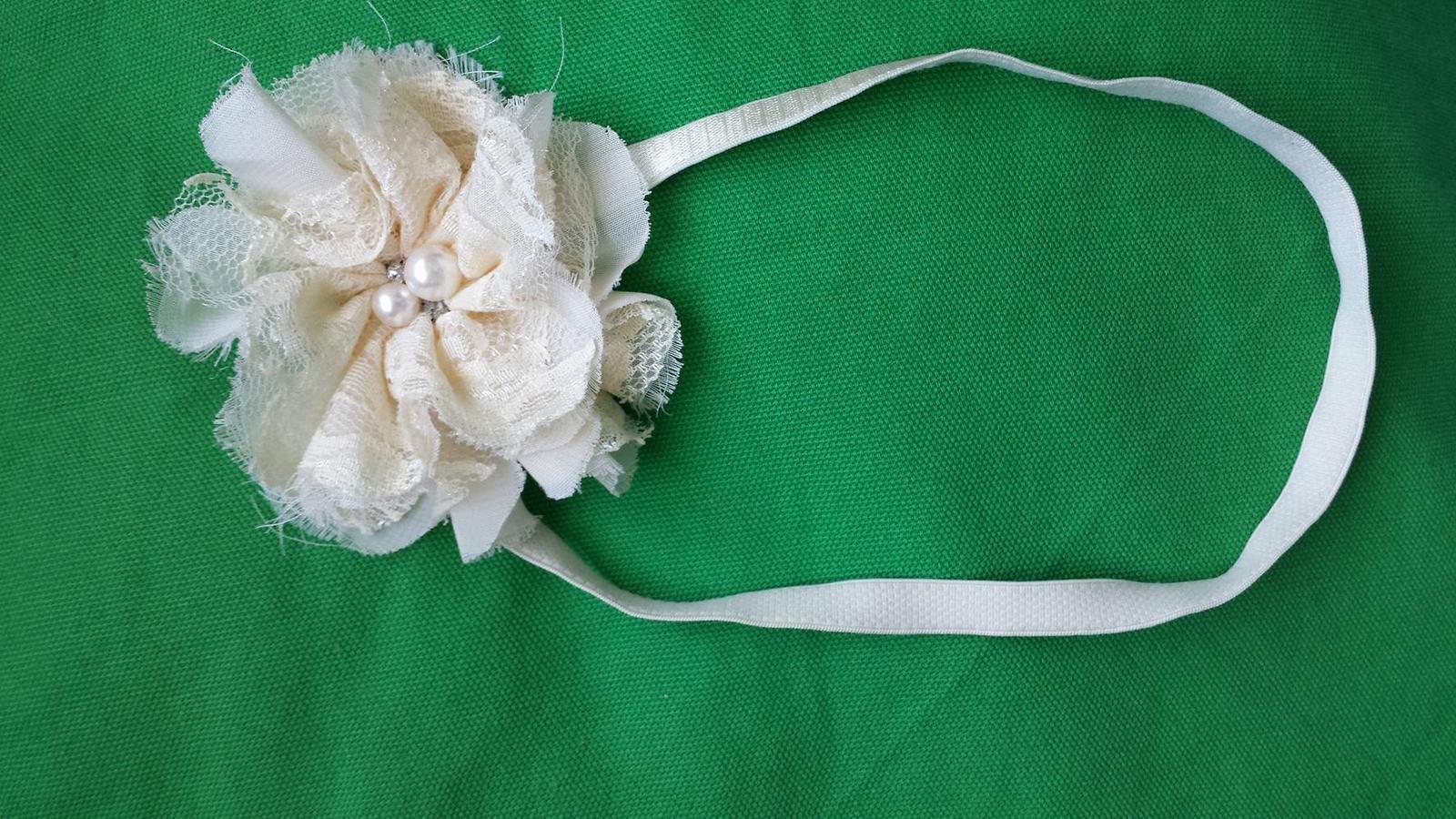 Celenka s kvetom - Obrázok č. 1