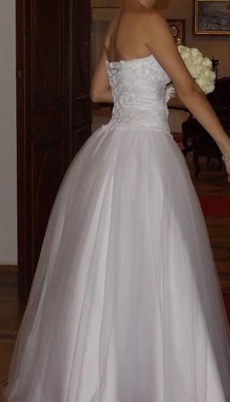 Biele svadobne saty , princeznovy strih - Obrázok č. 2