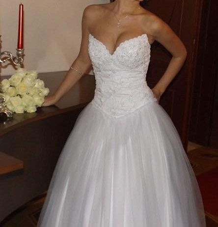 Biele svadobne saty , princeznovy strih - Obrázok č. 3