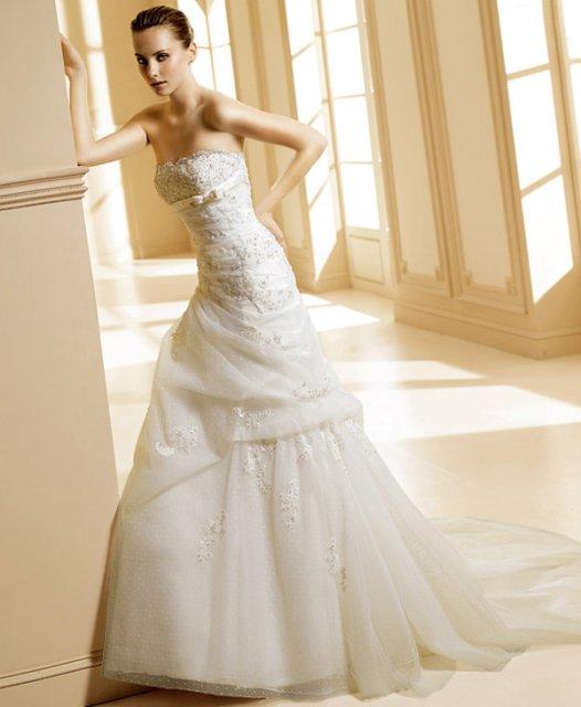 Veronika a Janko - moje svadobné šaty...ale ... na mne to tak nevyzerali dobre
