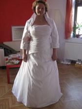 Na zkoušce svatebních šatiček, byla jsem velice spokojená :)