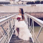Svadobné šaty vpredu krátke, vzadu dlhé, 34