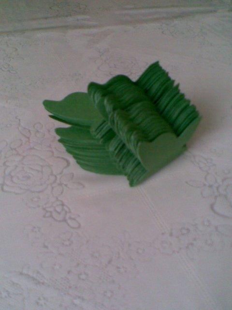 Svadobné prípravy - papierove motyle na pohare - tiež samovýroba
