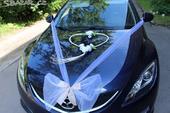 svatební dekorace na auto nevěsty,
