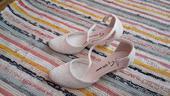 Svadobé topánky, 35