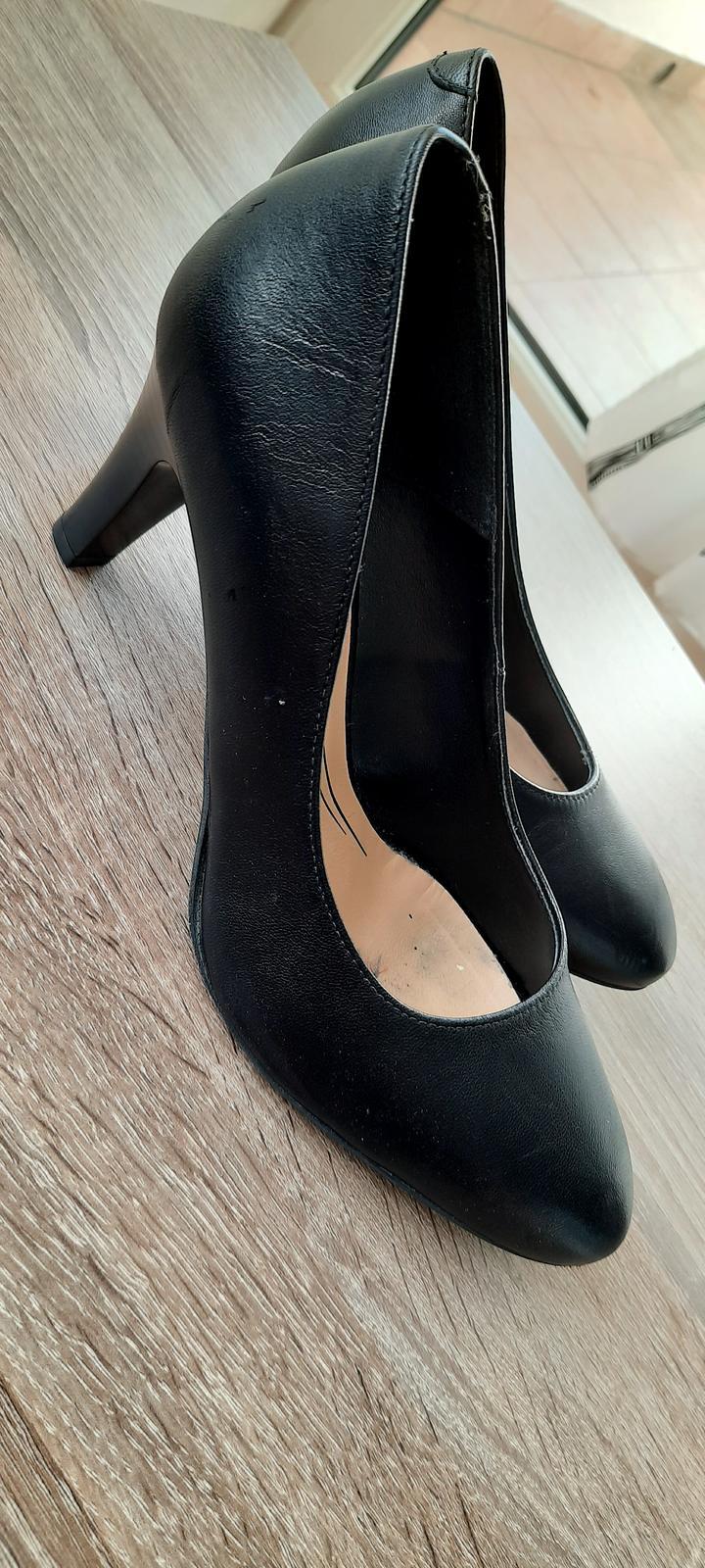 Dámské boty na podpatku - Obrázek č. 2