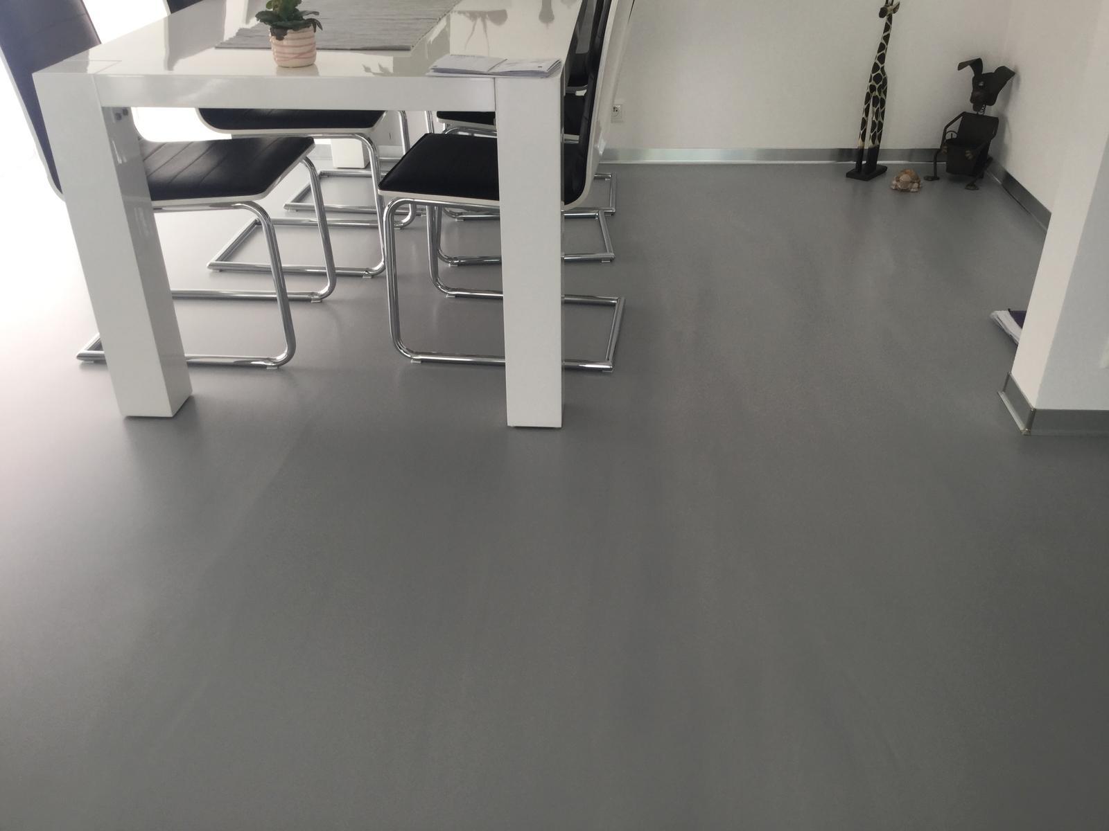 My máme luxusní podlahu... - Obrázek č. 2