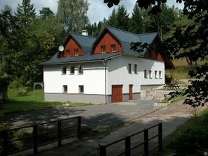 chata Klauzovka - Albrechtice (obřad a večírek na jednom místě)