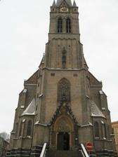 Ale nakonec vyhral tento - kostel sv. Prokopa na Zizkove .... 10.6.2011 ve 14hod :-)