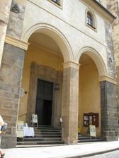 Puvodni vyber - kostel sv. Jilji (hlavni vchod)