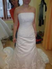 Vítazné šaty La Spossa Seneca na mne.