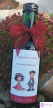 mini vína pro hosty, ale s naší etiketou