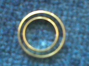 naše prstýnky,ale jen z boku :-)