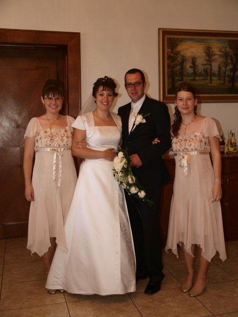 Janka Pastvová{{_AND_}}Martin Šteiger - mladý pár a moje sestry-skvelé družičky