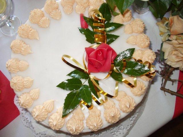 Zuzana Košťálová{{_AND_}}Ivan Sivčák - torta z Pukanca