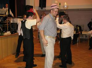 klobúkový tanček
