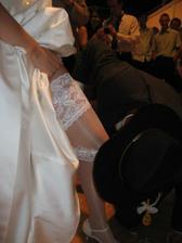 snaž sa, inak nebude svadobná noc:o)