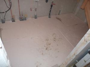 podlaha v techn.místnosti