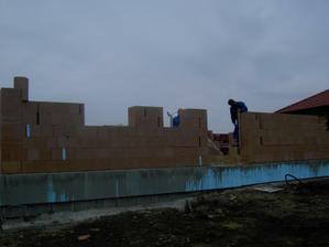 výstavba obvodových stěn