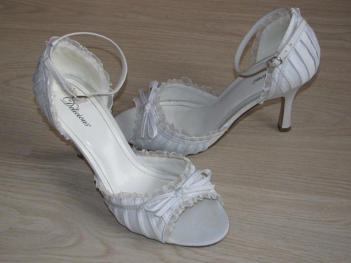 Svadobné...:-) - topánočky:-)