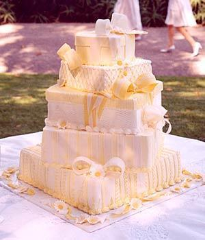 Zaujímavé tortičky :-) - Obrázok č. 20