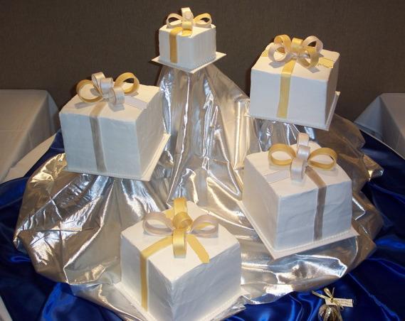 Zaujímavé tortičky :-) - Obrázok č. 38
