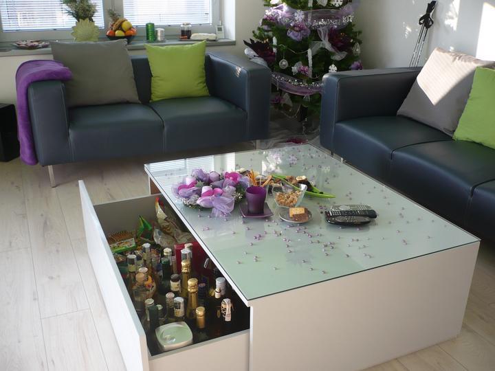 """Obývačka s kuchyňou - výsuv na """"občerstvenie"""""""