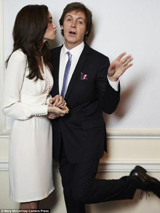 Svatby celebrit - Paul McCartney a Nancy Shevell (2011)