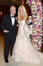 Hugh Hefner a Crystal Harris (2012) -rozdíl 60 let