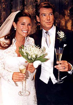 Svatby celebrit - Pierce Brosnan a Keely Shaye Smith (2001)
