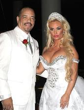 Nicole Coco Austin a Ice-T (2002)