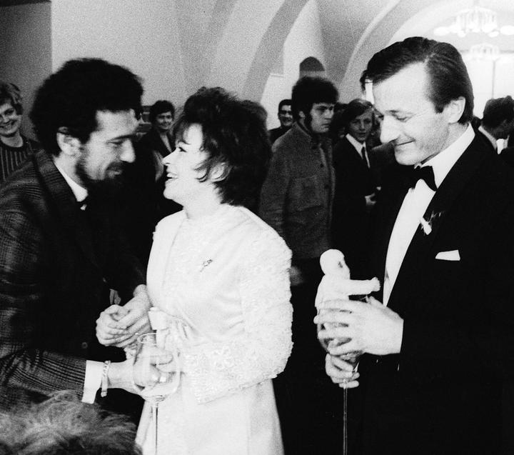 Svatby celebrit - Jiřina Bohdalová a Radek Brzobohatý (1970)