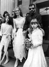 Ringo Starr a Barbara Bach (1981)