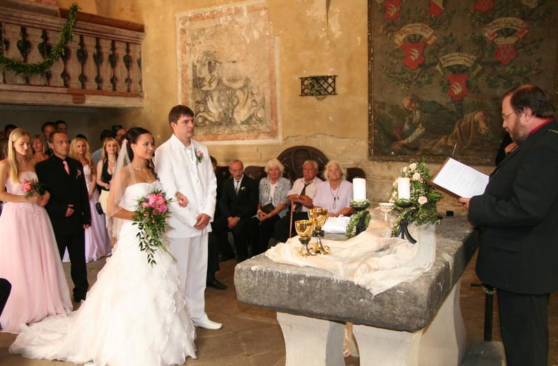 Místa pro svatbu - Hrad Kost