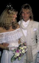 Rod Stewart a Alana Hamiltonová (1979)