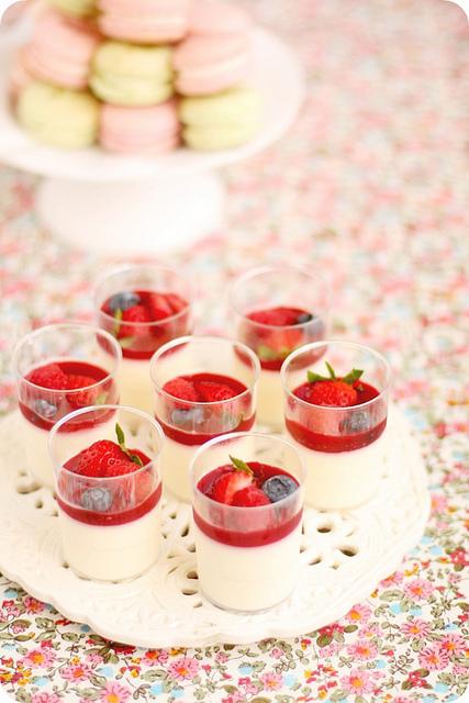Stoly se sladkostmi - Obrázek č. 129