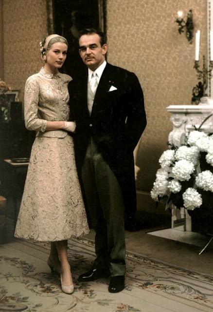 Svatby celebrit - Grace Kelly a Princ Rainer- civilní obřad (1956)