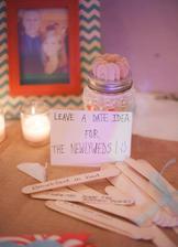 Ať vám hosté napíší nápady na rande :)