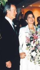 Clint Eastwood a Dina Ruiz (1996)