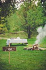 Úplně obyčejný táborák :)