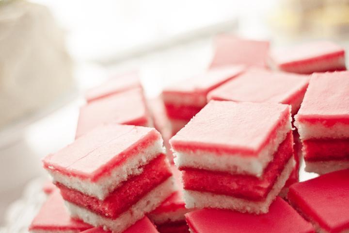 Stoly se sladkostmi - Obrázek č. 188